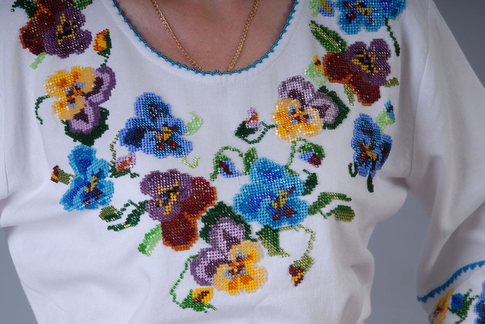 Женские Блузки С Анютиными Глазками Схемы Вышивок