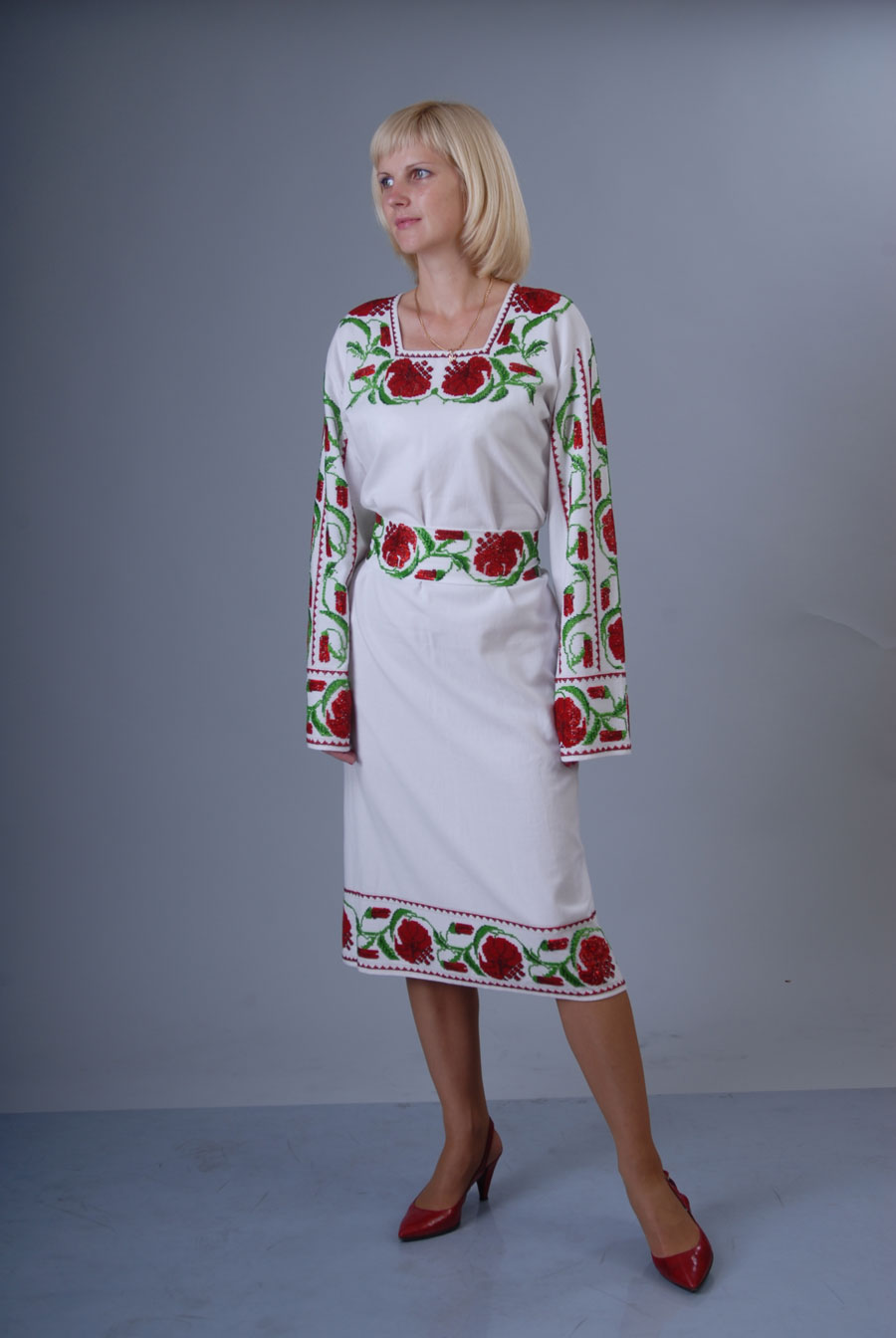 Женские вышиванки бисером купить в Киеве 60fa4780a5755